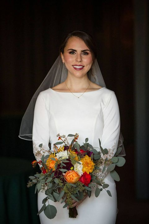 Beautiful bride..fall colors abound.