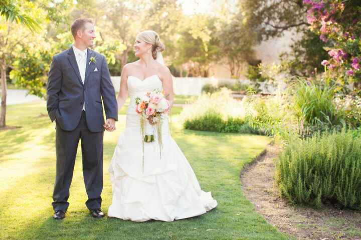Weddings with Care ❤️⠀⠀Intimate Weddings are a great way to celebrate your special day with your guests. ⠀⠀Give us a cal...